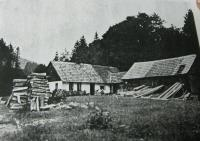 Dům v Nýznerově, kde se narodila pamětnice. Dnes již nestojí
