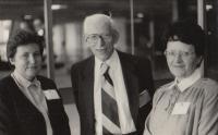 Otto Wichterle a Blanka Brůnová vpravo