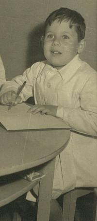 Gerardo Strejilevich, hermano de Nora Strejilevich (1954)
