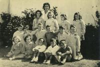 Nora Strejilevich's class at the elementary school (NS is sitting in the first row, the first from the left)