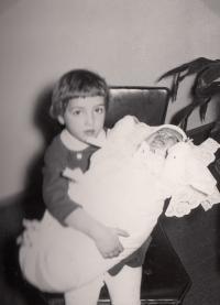 Irena - mimino, se sestrou