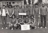 1985, Irena Králová 1. vpravo stojící