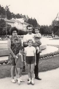 Luhačovice, rodina, bratr Jan, 1972
