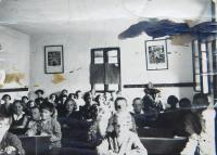 Česká obecní škola v obci Bohdan na Podkarpatské Rusi