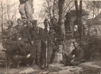 Vojna, Jaroslav Hrubeš čtvrtý zleva stojící