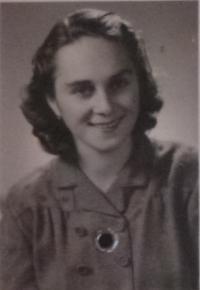 Mladá Jarmila Šulcová