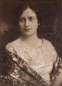 Maminka Paula Rosenzweig, roz. Fuchsová, 1924