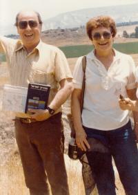 S manželem, 1994