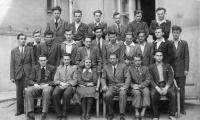 Graduation class of the real gymnasium in Brno - Královo Pole / Josef in the centre of the middle row / 1948