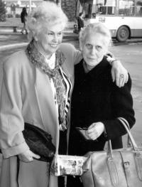 Alena Šedová / right / widow of a fellow prisoner, Milan Šeda / with Milada Svrčinová, who communicated from window to the window with Josef Svoboda and other prisoners in his cell / December 1996