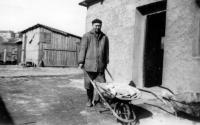 A co-prisoner of Josef Svoboda, a priest, Antonín Bradna, after being released from prison was employed only in working-class professions / Prague - Prosek / 1966