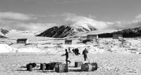 The northernmost station of the Canadian Riding Police in the Alexandria Fjord on Ellesmere Island. The station was lent to the research group of Josef Svoboda from 1980 to 1986