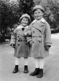 Naftali Fürst so starším bratom Petrom