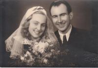 svatba Anny a Antonína Havelkových 9.11. 1946