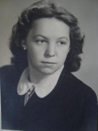 Zdena Zajoncová, September 1945