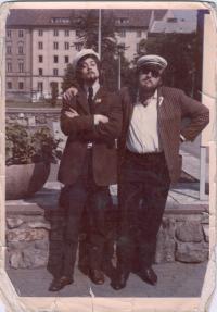 S Jiřím Kaiserem před odletem do Moskvy 1969. A. Dohalský vpravo.
