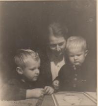 Václav, Jiří Borek - Dohalští a babička Gabriela Kinska Thurn - Taxis