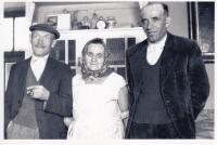 Prarodiče a slepý strýc