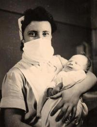 The witness at the maternity ward with a new born baby, Teplice 1955