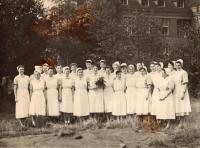 Nurses at the maternity hospital/medical ward (the witness second right from the middle flower), Teplice around 1953