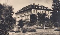 Mateřinec Školských sester svatého Františka v Praze - Břevnově, rok 1950