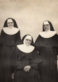 Sestry Stanislava, Alexie a Bedřiška, kolegyně pamětnice