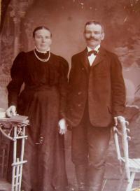Babička s dědečkem Franz a Berta Schlegelovi z Hraniček