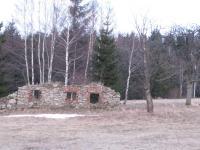 Na tomto místě stával dům rodiny Teinert ve vesnici Hraničky (Gränzdorf)