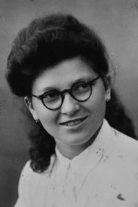 Irena Ondruchová / 1946