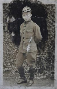 The father of Irena Ondruchová, Pavel Šimeček, in a uniform of Austrian-Hungarian army in 1918