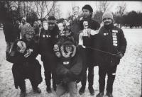 Letenská pláň 1989, Happening u Stalina studentů DAMU, Dočekal dole