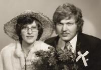 1983, svatba dcery Hany, (po svatbě Hrubá)
