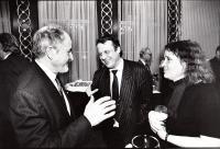 Zdeněk Jičínský, Petr Uhl, Anna Šabatová 1999 - oslava narozenin Jičínského, foto Josef Strouhal