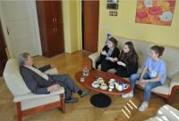 Lumír Čmerda vypráví svůj příběh žákům z projektu Příběhy našich sousedů