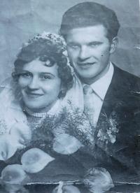Svatební fotografie Františka a Veroniky Mrázových