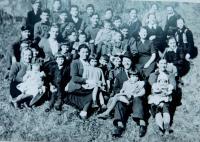 Řečtí emigranti z obce Prasino (Tarnovo) v lázeňském městečku Ladek Zdrój v Polsku