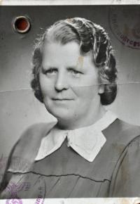 Babička Marie Klobásová
