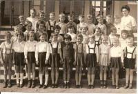 Školní fotografie Ilony Ferkové