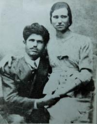 Rodiče Vangelis a Evgenie Tcapasovi