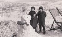 Miloslav Tlapák as a child with Ivan and Václav Havel, Barrandov 1944