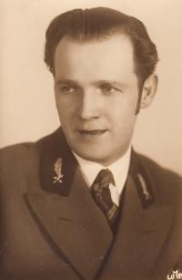 Father Jan Tlapák, before 1939