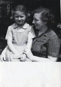 S dcerou Miladou Kateřinou (Praha  1955)