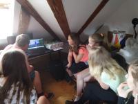 Žákovský tým na videoworkshopu