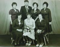 Matka Alžběta Ringová s dětmi Annou, Elou, Josefem, Ditou, Ingeborg a Isoldou