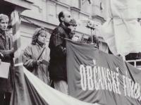 Eduard speaking for the Civic Forum, Teplice, 1989