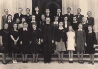 Na gymnáziu, rok 1941, pamětnice 2. řada, 4. zprava