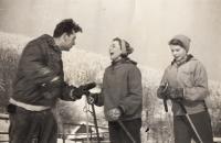 Jaroslava Wilhelmová, rok 1955, vpravo