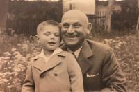 Milan s dědečkem