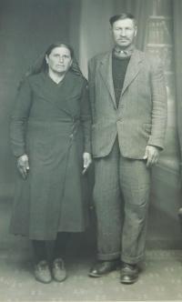 Rodiče Fotis a Argiro Kiriazopulosovi