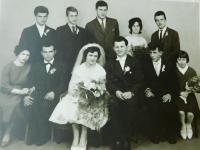 Rodina na svatbě Steriose a Konstantiny Kiriazopulosových